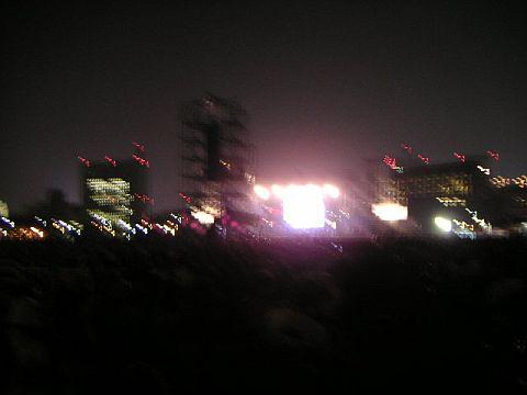 ステージ(夜)