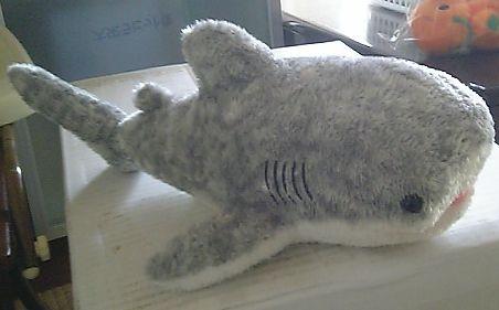 ジンベイザメのぬいぐるみ